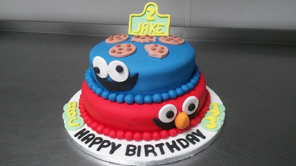 Astounding Beautiful Cakes Made To Your Specifications Lisburn Country Kitchen Personalised Birthday Cards Sponlily Jamesorg